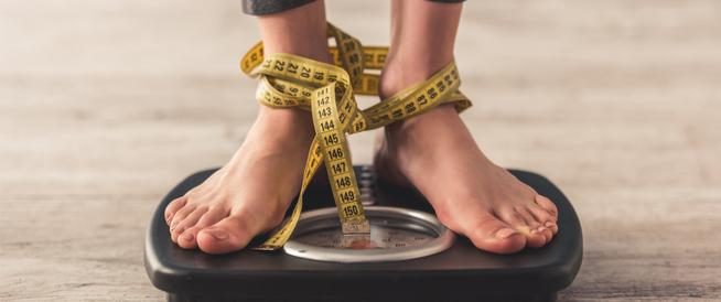 زيادة الوزن أثناء الدورة الشهرية: هل هي أمر طبيعي؟