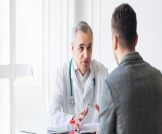 هل نقص هرمون الذكورة يؤثر على الإنجاب؟