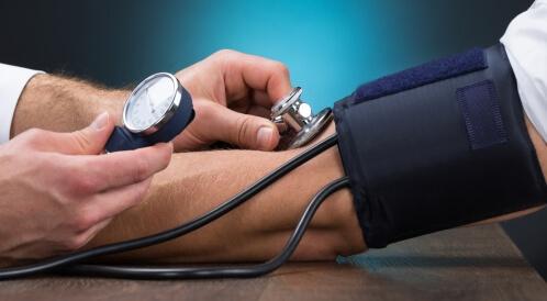 علاج الضغط المنخفض طبيعيًا
