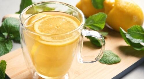 فوائد الليمون والنعناع مع الماء الساخن