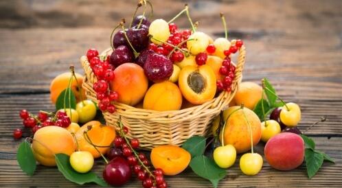 فوائد الفواكه الموسمية في الصيف