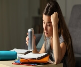 أضرار مشروبات الطاقة على البنات