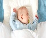 المواصفات الصحية لمخدة الرضيع