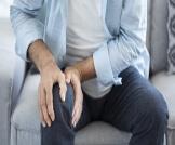 علاج آلام الركبة في المنزل