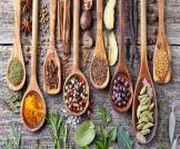 علاج الوردية بالأعشاب: وصفات متنوعة