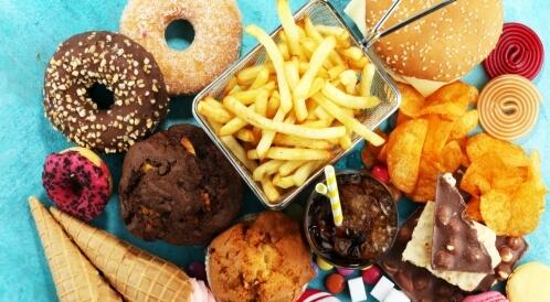 الأغذية التي ترفع الكولسترول الضار