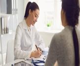 علاج نقص فيتامين د عند النساء