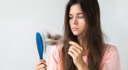 متى يكون تساقط الشعر خطير