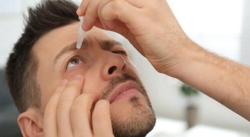 علاج التهاب العين من العدسات