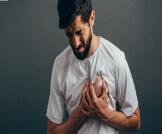أعراض الذبحة الصدرية الكاذبة