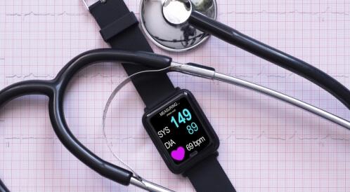 كيفية قياس ضغط الدم بالساعة