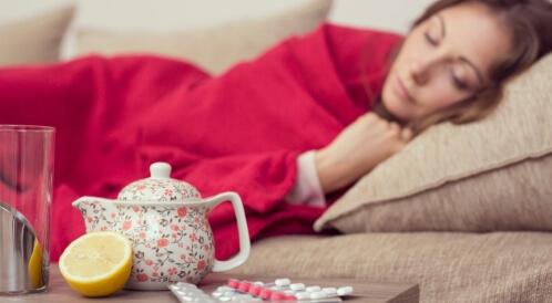 علاج التهاب اللوزتين بالليمون