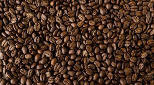 الدوبامين والقهوة: ما العلاقة بينهما؟