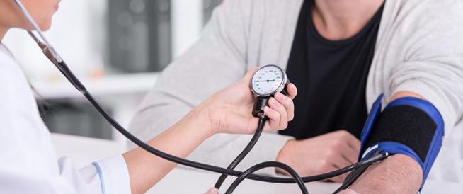 خطر ارتفاع ضغط الدم: العوامل والعلاج