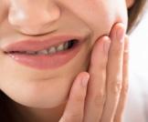 هكذا تخفف من حساسية الأسنان
