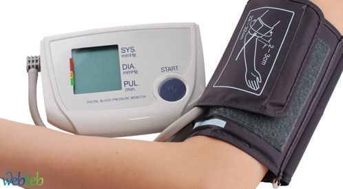 كيفية قياس ضغط الدم بواسطة جهاز رقمي