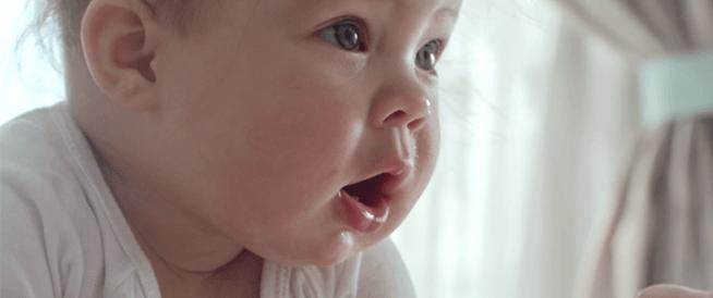 8 علامات على جوع طفلك