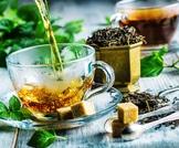 الاعشاب المضافة إلى الشاي