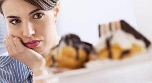 كيف يمكنك التوقف عن الأكل العاطفي؟