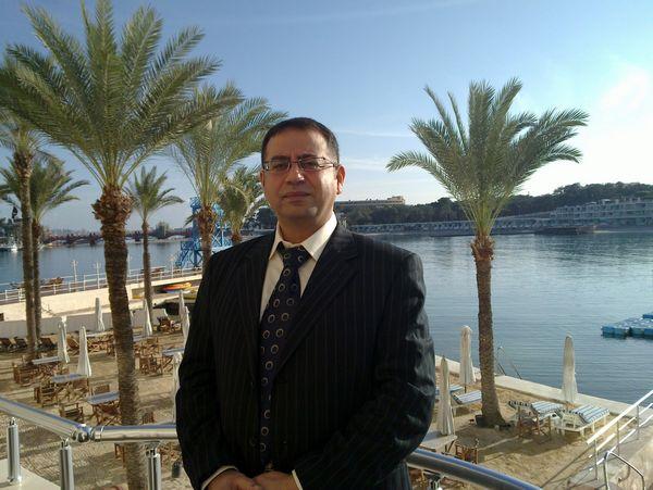حسام داود