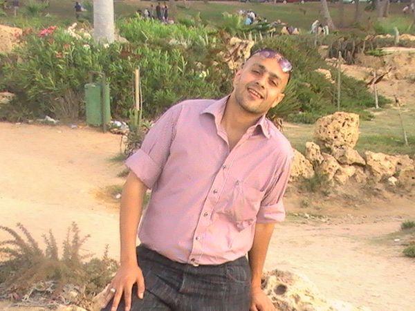 محمد نبيل عبادة