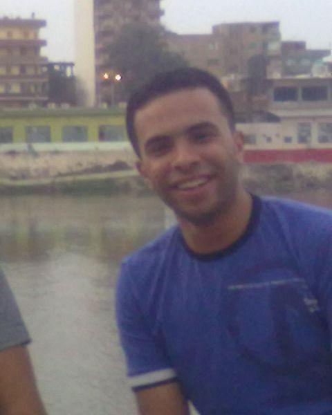 محمود  صالح