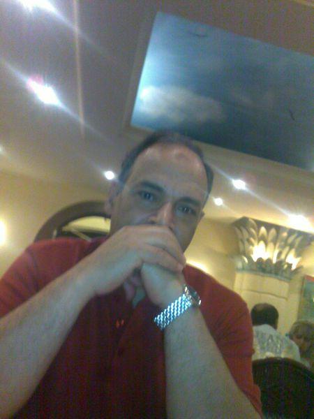 أحمد محمود شاهين