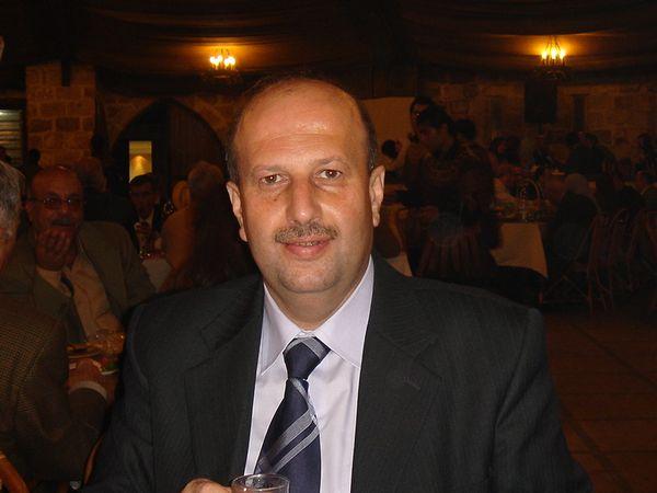 حسام حاتم