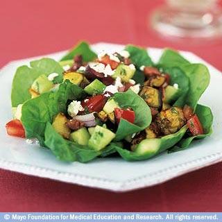 الأطعمة الصحية: بناء الأساس للتغذية السليمة