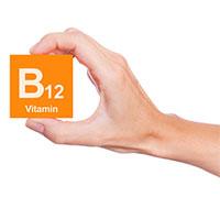 فيتامين ب12