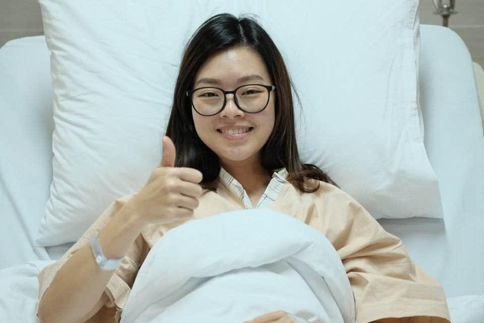 فتاة في المستشفى