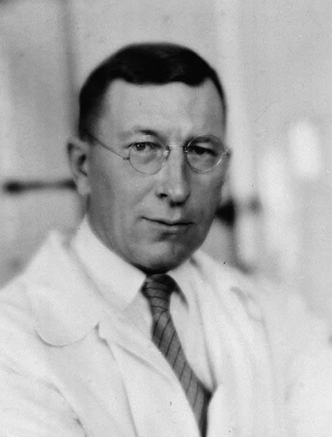 من هو مكتشف الانسولين 1