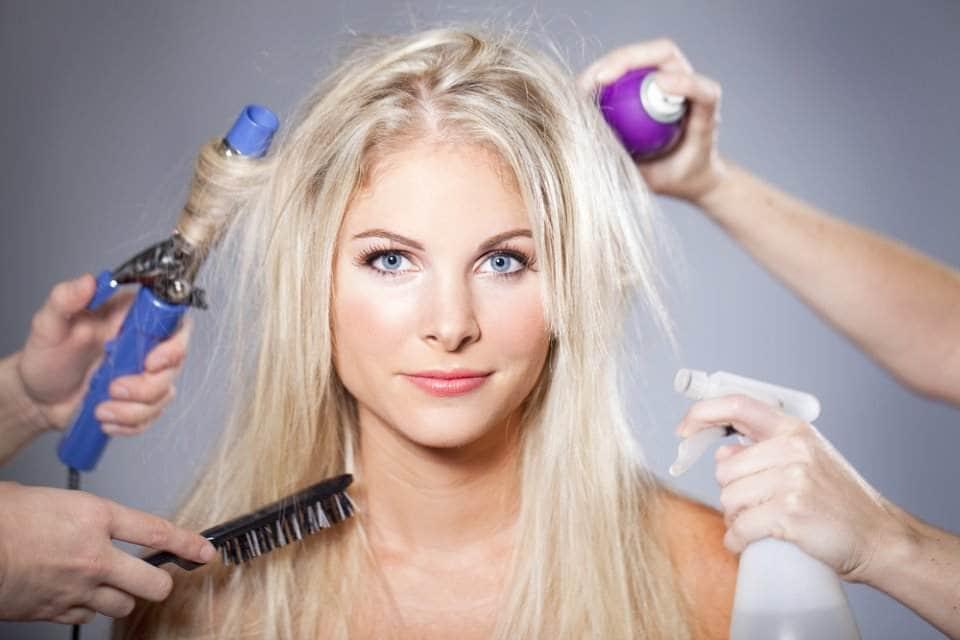 صور العادات اليومية التي قد تضر الشعر
