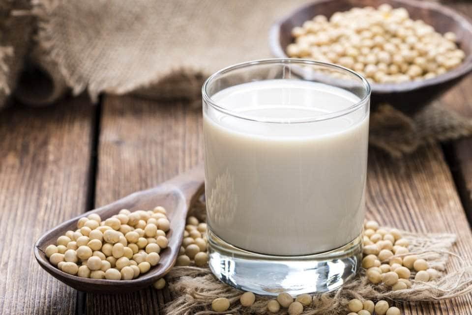 صورة كأس من الحليب