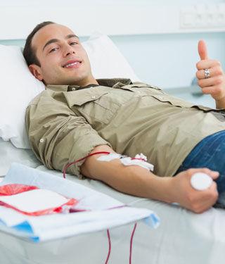 يتباين جمع حصص تبرع الدم حسب مجموعات الدخل