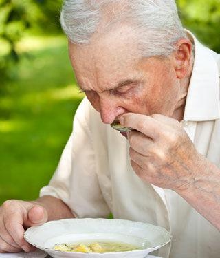 ملائمة الطعام للمسن