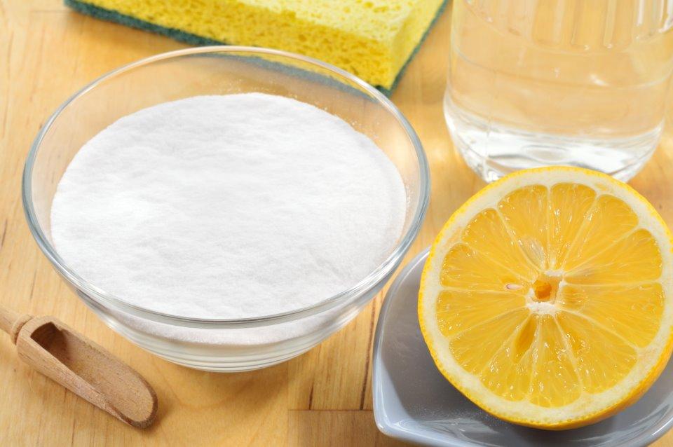 صودا الخبز والليمون