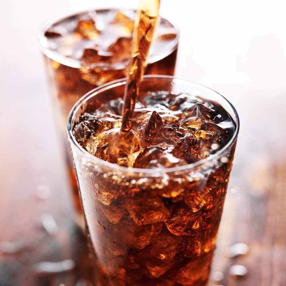 صورة لمشروب غازي في كوب