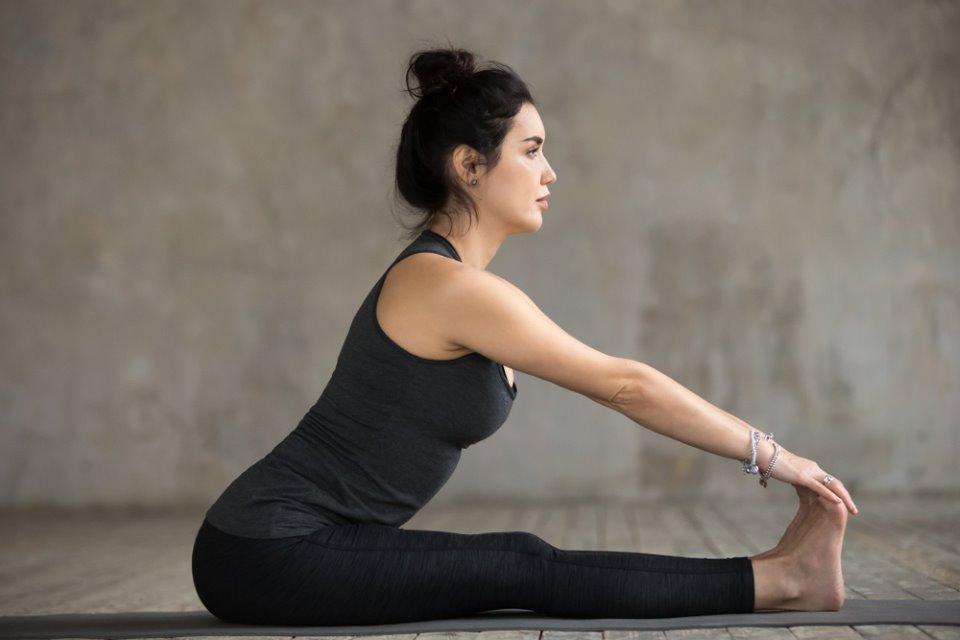 وضعية الجلوس والانحناء